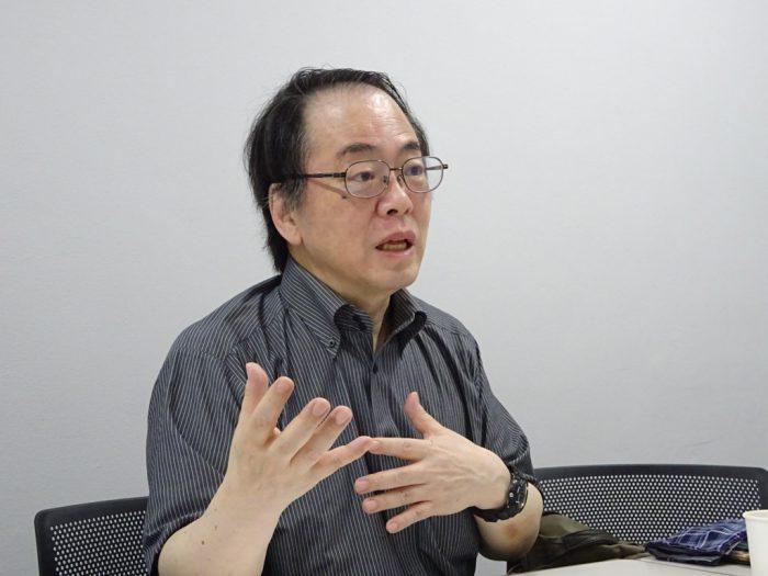 教養学部・岩本通弥教授