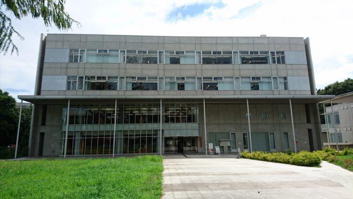 駒場図書館の前景