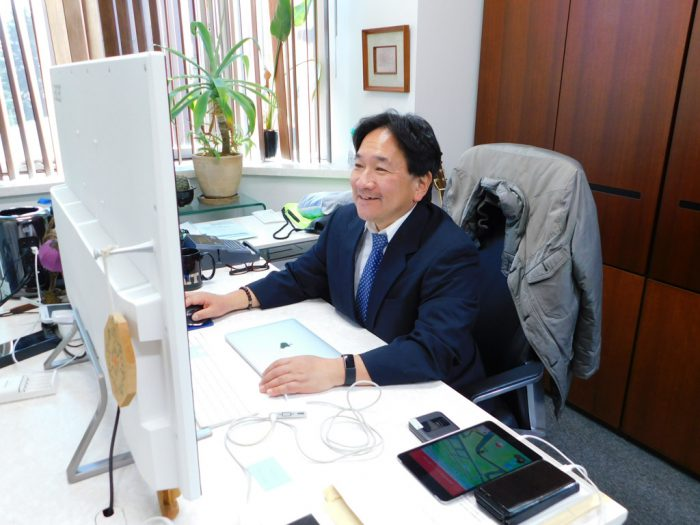 東京大学・濡木理教授
