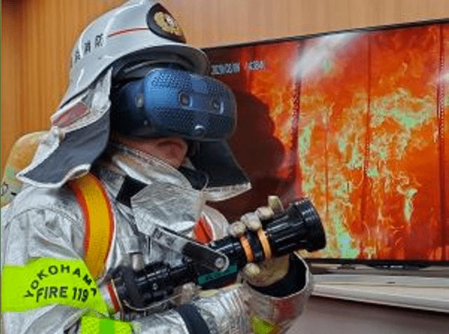 研究室探訪_雨宮准教授_VR消防訓練