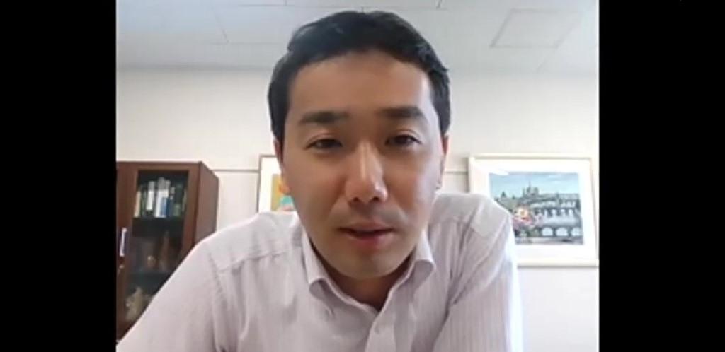 脇原徹教授